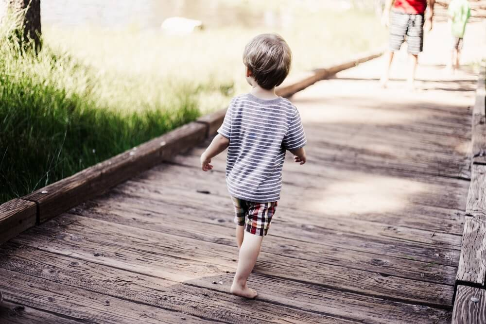 Travelling with children – 8 Hidden dangers your child may face